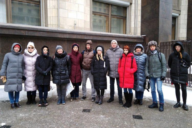 Пикеты во время второго чтения законопроекта о вольерной охоте — 06.02.2020